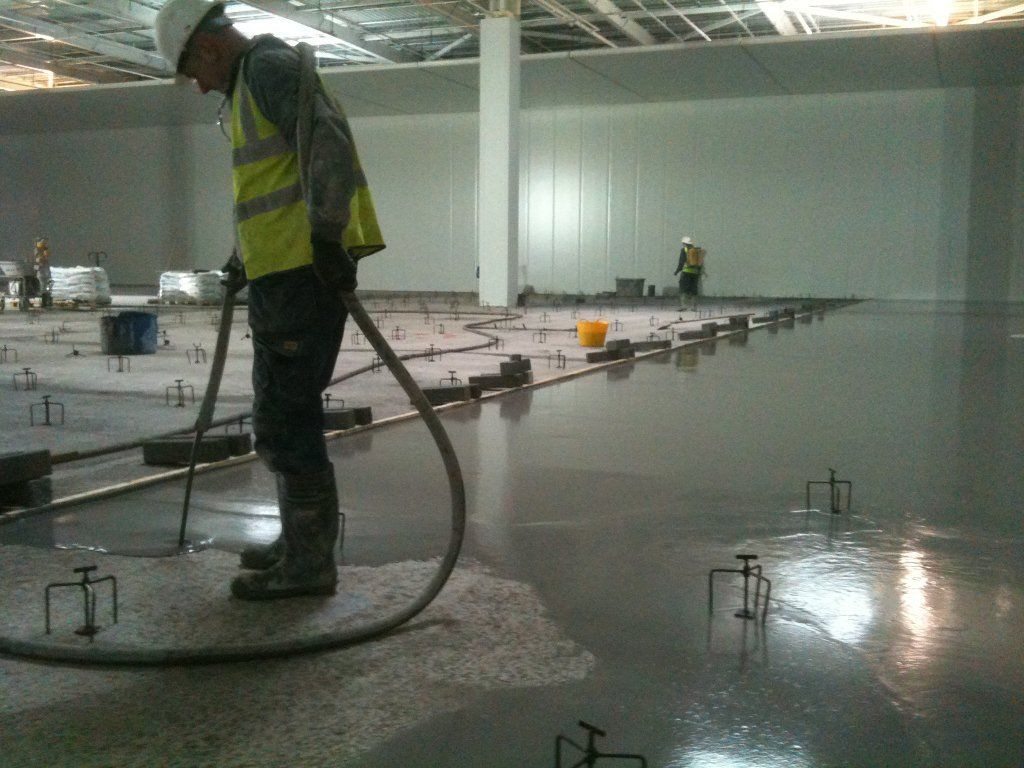 Sopro slc 578 self levelling compound 3 40 mm smet for Are concrete floors cold