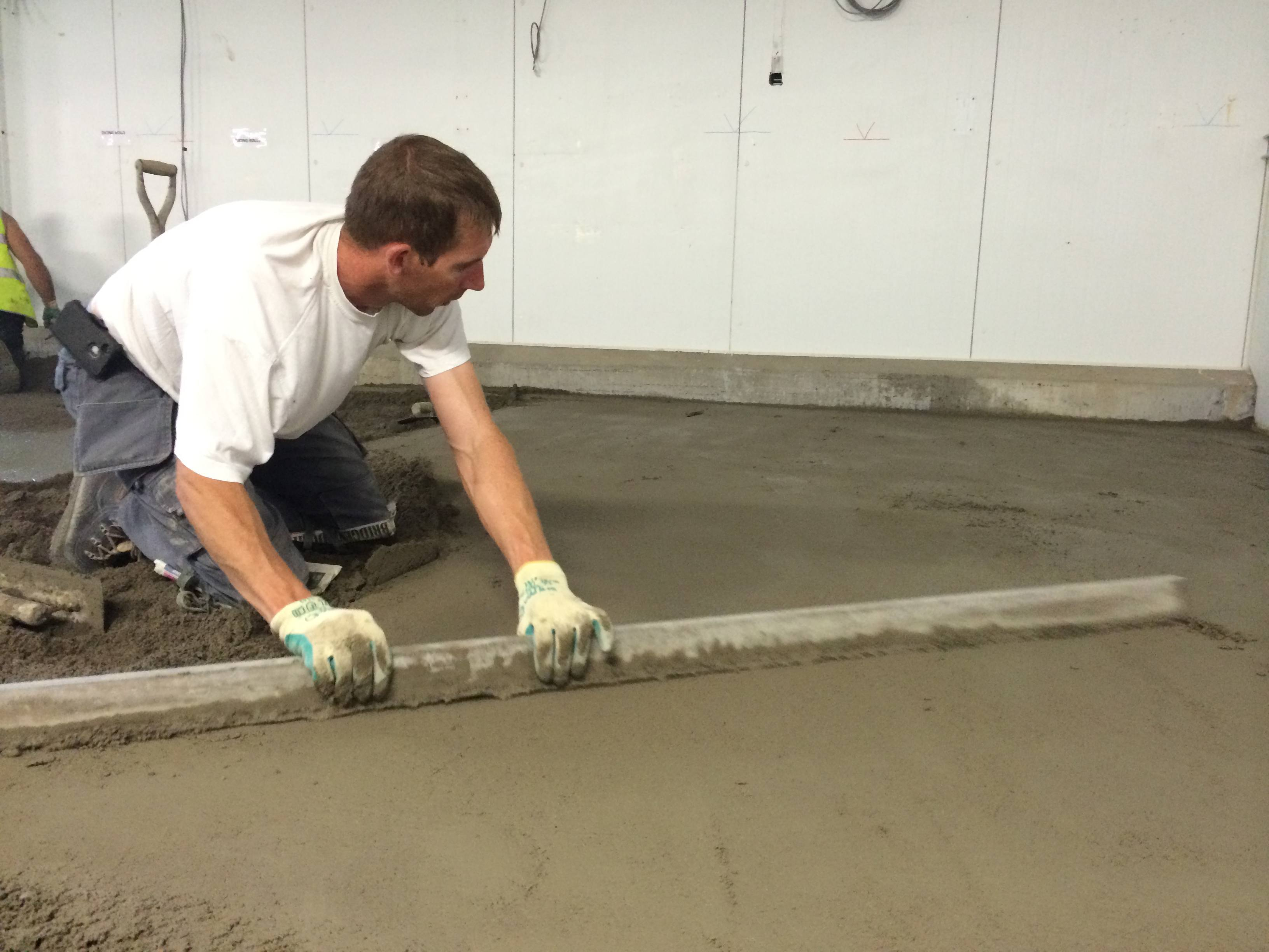 Diy Screed Bathroom Floor : Sopro rapid drying screed binder for early floor installation