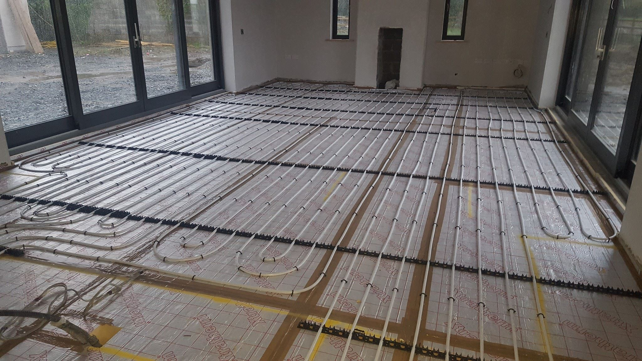 Forest farm co kildare 280 screed over ufhfast floor screed smet dailygadgetfo Image collections