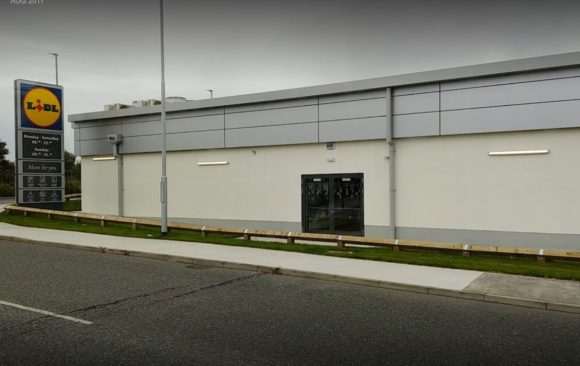 Lidl Drogheda_exterior_image by Keith Lambe