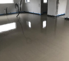 Fast Floor Mobile Screed Factory pour for Cooldine construction Ready for foot traffic in 4 hours